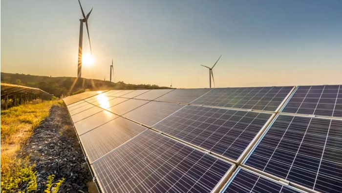 Spain aims to hold clean energy auction by year-end under new system