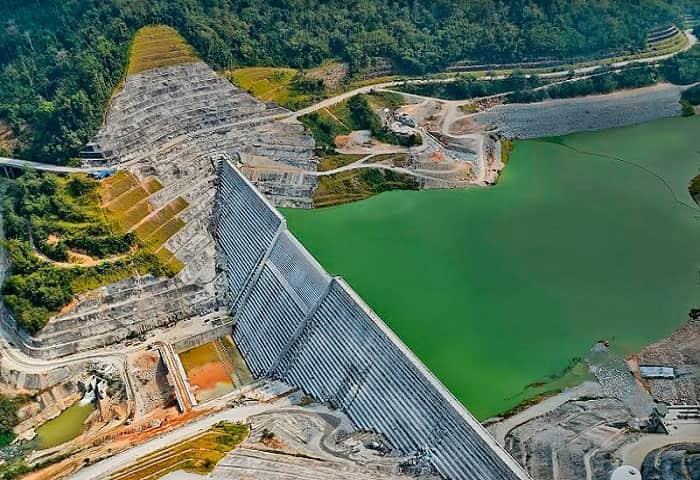 Malaysian hydroelectric power station trustsin Sauer Compressors