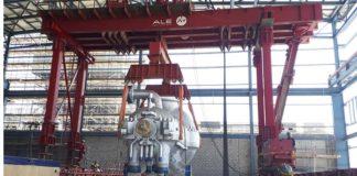 Power generation lifting gantry lowering