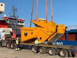 Delivering the Worlds Largest Crane