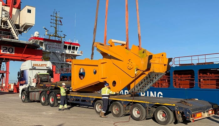 Delivering the Worlds Largest Crane