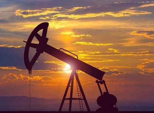 Petrobras sets new oil export record despite low demand