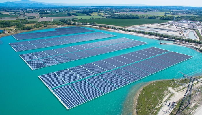 Voltalia completes the installation of solar shelters in France