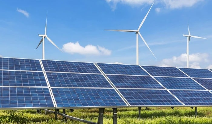 Back-to-back FERC and EIA reports show strong start for US solar, wind in 2021