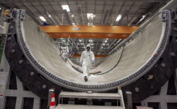 GE Renewable Energy launches second 107-meter wind turbine blade mold at its Cherbourg factory, France